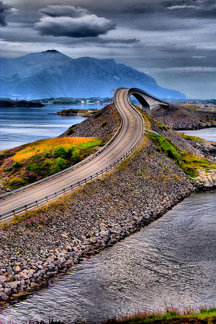 27 Incredible Open Plan Kitchen Living Room Design Ideas: Atlantic Road, Norway [HDR]