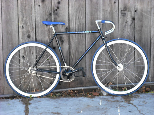 fixie bikes fixie. Black Bedroom Furniture Sets. Home Design Ideas