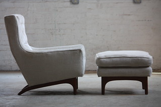 Enticing Mid Century Modern Lounge Chairs with Ottoman (U.S.A. 1960s)