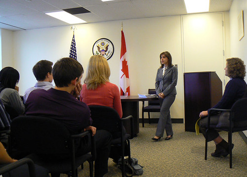 University of Cincinnati Students visit Consulate