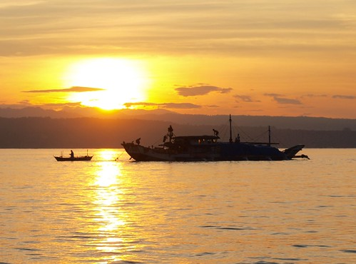 sunrise philippines explore pk frontpage sweetcaroline indio davaocity staanawharf garbongbisaya kadayawansunrise