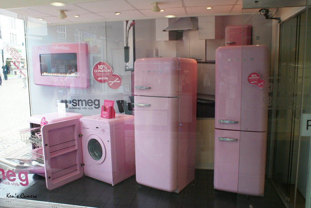 Pink Smeg For The Cure A Range Of Kitchen Appliances