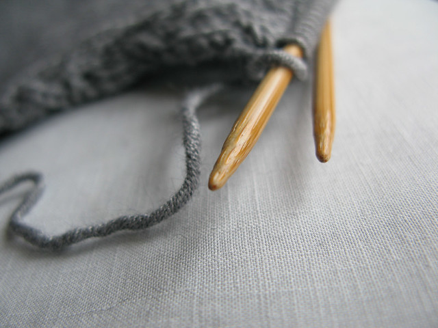 Knitting with beautiful silvery grey yarn from Rowan | Emma Lamb