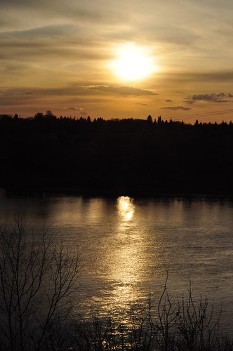 canada spring nikon university walk may saskatoon saskatchewan meewasin uofs d90 18105mm pozland