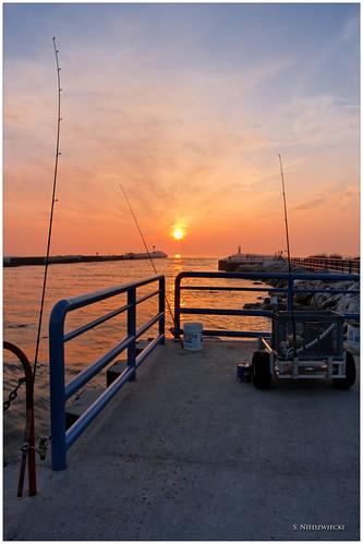 sunset fish pier fishing all lakemichigan greatlakes whitehall montague whitelakechannel stacyniedzwiecki stacycossolini dxoprocessed puremichigan whiteriverchannel