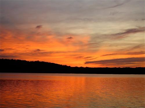 sunset sky lake wisconsin