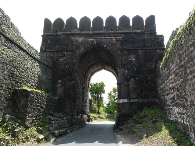 Header of Alamgir