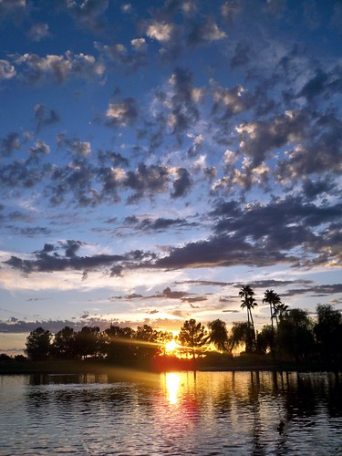 park sunset arizona sky usa sun sunlight lake reflection nature water clouds landscape pond day cloudy dusk scenic az gilbert rays freestone gilbertarizona freestonepark perfectsunsetssunrisesandskys