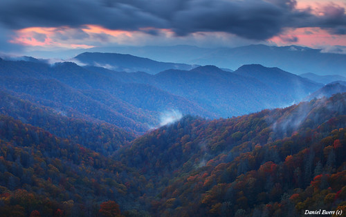 autumn mist mountains color fall clouds season view tn tennessee daniel great best np smoky elevation gsmnp ewert