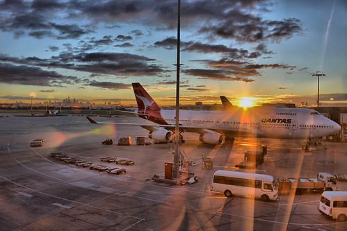 Qantas 747 at Sydney