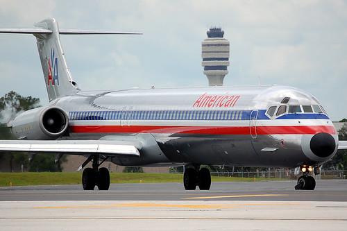 American MD-82