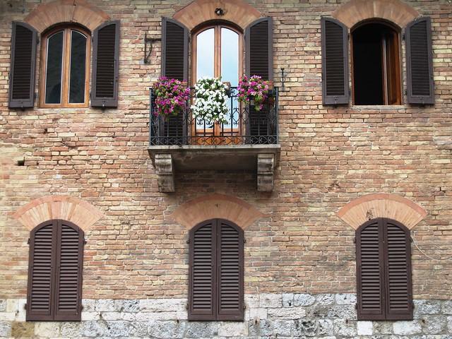 San Gimignano facade