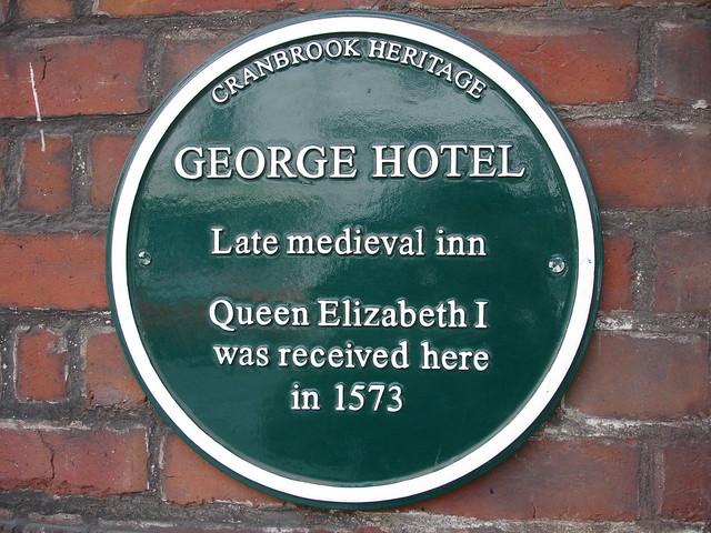 Photo of Elizabeth I of England green plaque