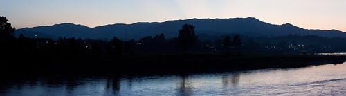 river geotagged lenstagged laos 500mm lao mekong mekongriver canonef50mmf14usm ef50mmf14usm lens:maker=canon lens:focal_min=50 lens:focal_max=50 aperturepriorityae bokèo banhouayxay canoneosrebelt1i thailandandlaostrip2009 geo:lat=2026845000 geo:lon=10041392500