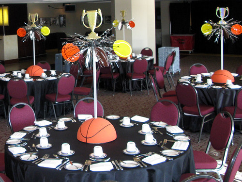 Sport banquet table decoration ideas photograph sports the for Athletic banquet decoration ideas