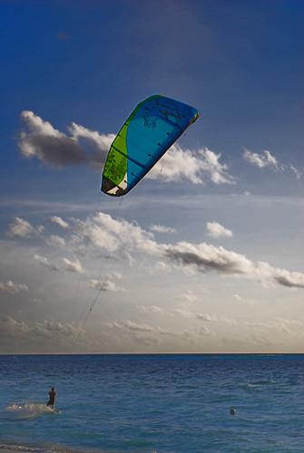 A Thrilling Adventure Sport in Maldives – Kite Surfing