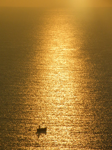 silhouette sunrise boat fisherman isleofwight thursday shanklin mygearandmepremium mygearandmebronze mygearandmesilver mygearandmegold ringexcellence