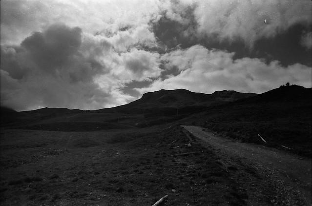 trail & mountains