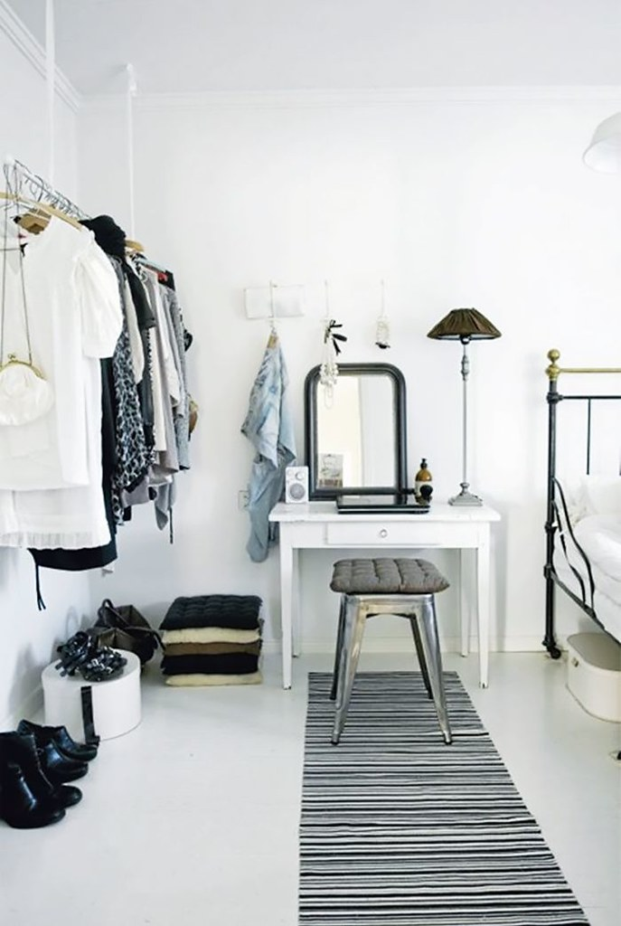 adaymag-8-storage-solutions-for-limited-closet-space-10