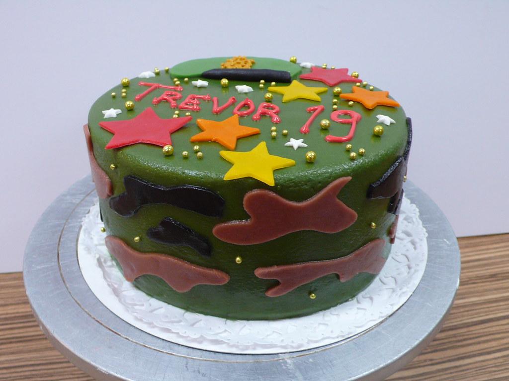 Awe Inspiring Army Birthday Cake Zoe Elizabeth Gottehrer Flickr Funny Birthday Cards Online Alyptdamsfinfo