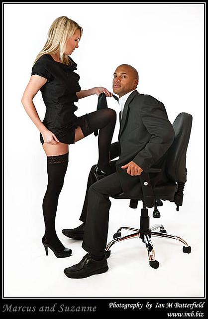 Black woman seduces white guy