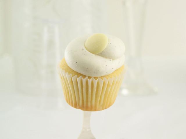 Vanilla Bean Cupcake | Flickr - Photo Sharing!