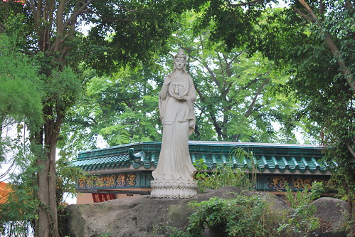 Statue of Guanyin (Avalokiteshvara) in Yuen Yuen Institute