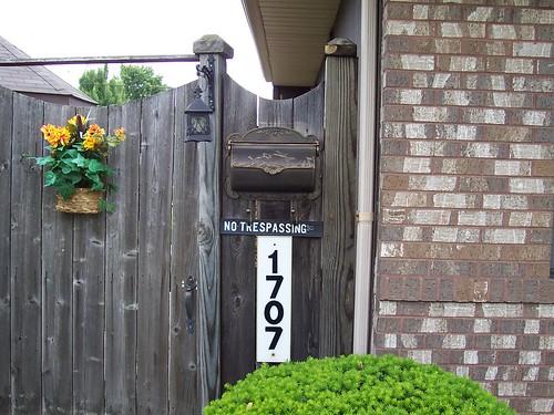 Hummingbird Horizontal Wall Mailboxes Install Gallery