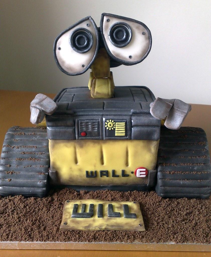 Wills Wall E Cake