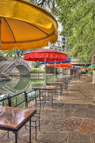 sanantonio river geotagged restaurant texas empty sony tourist umbrellas hdr riverwalk hotoutside brandonwatts a700 geo:lat=29423469 top20texas geo:lon=9848803