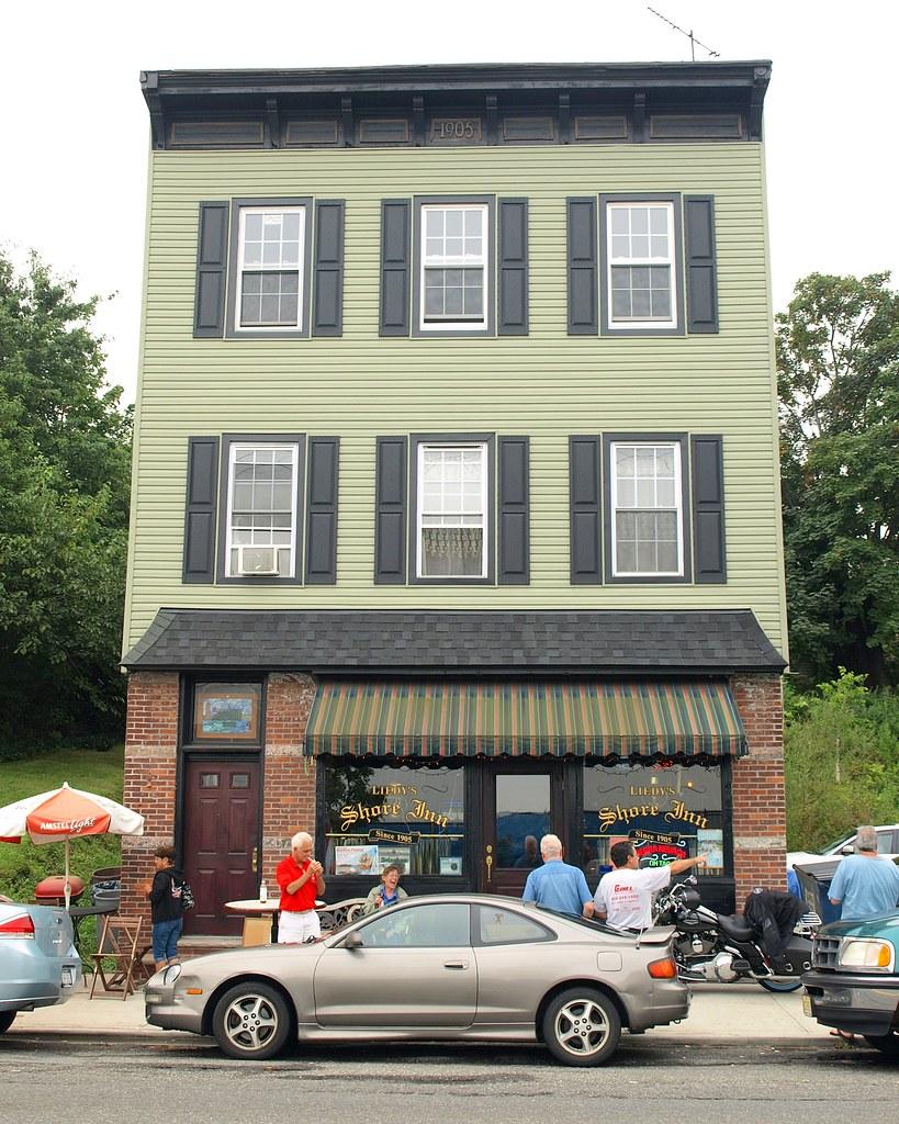 Shore inn