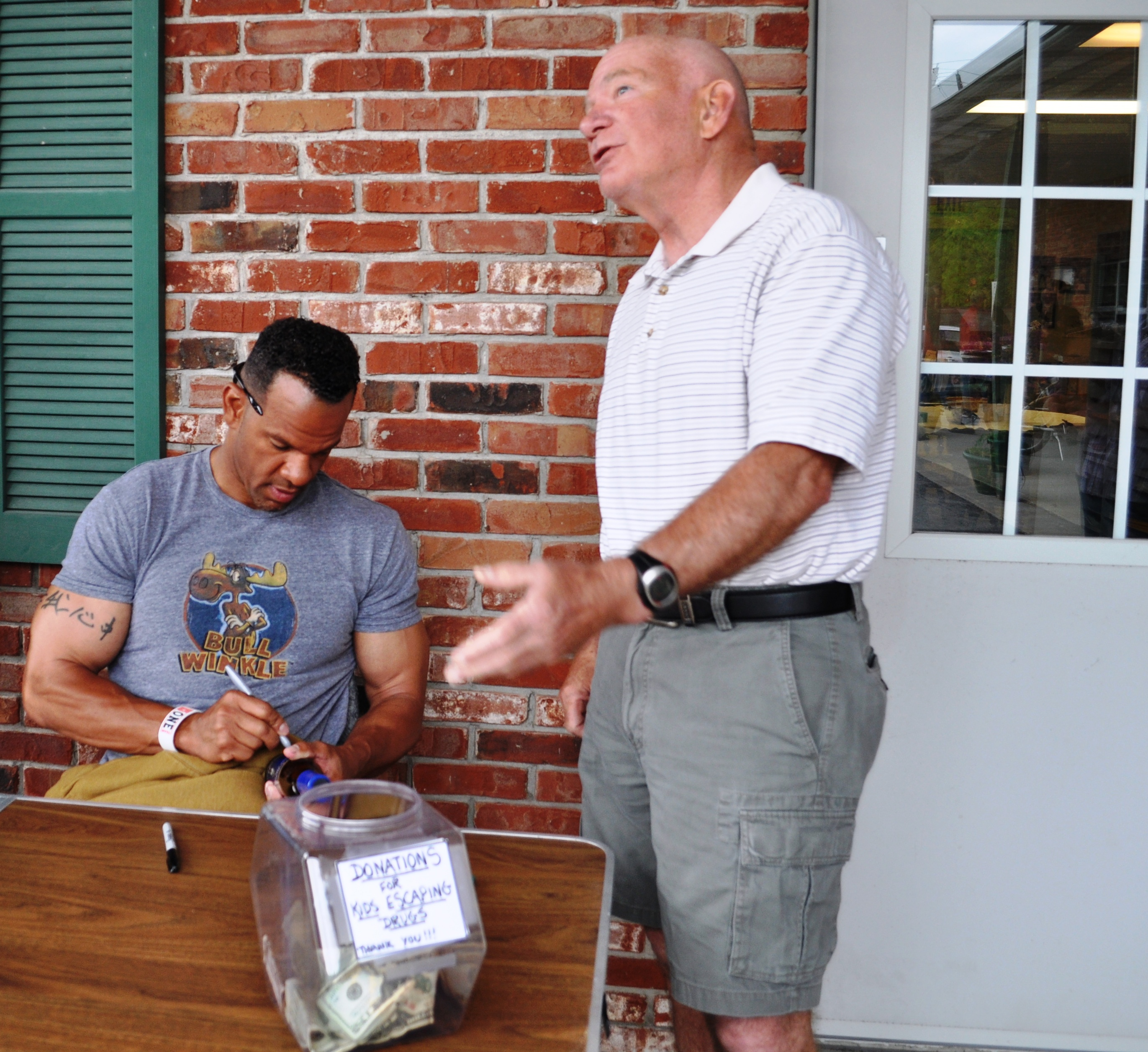Charles Huber (my dad) Andre Reed, Buffalo Bills Wide Receiver 1985 - 1999, at The Podge in Clarence, N.Y., June 4, 2011