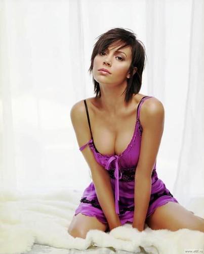 Alyssa milan nackt downlod pic 16