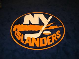 Islanders Crest