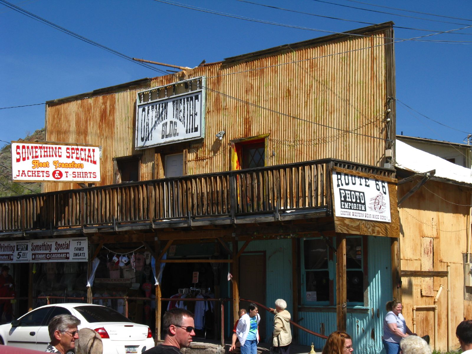 oatman dating What do flamingos eat that make their feathers turn pink red clay and insects flowers and weeds brine shrimp and blue-green algae minnows and mice.