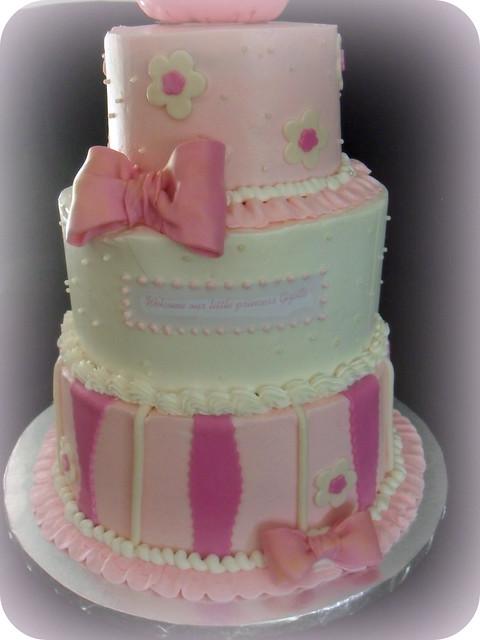 Make Tiara Cake