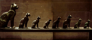 Louvre Egyptian Antiquities Cats 652