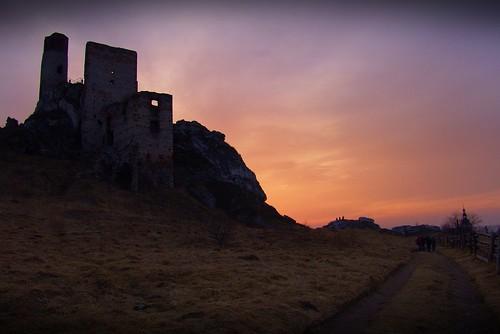 trees sunset sky castle history town ruins colours path stones poland polska tp historia olsztyn miasto silesia kolory zamek śląsk niebo ruiny zachódsłońca drzewa częstochowa ścieżka