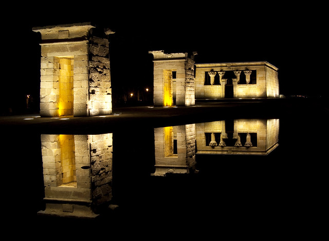 Reflections in the night. Templo de Debod.