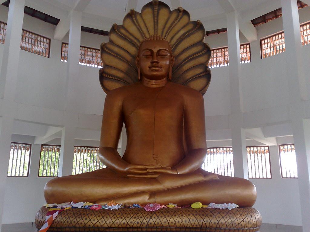 Seruwawila Temple
