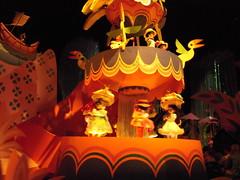 musical theatre(0.0), resort(0.0), park(0.0), mid-autumn festival(1.0), amusement park(1.0),