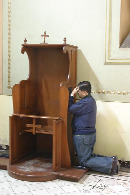 © Francesco Lay ( Confesión, reconciliación, penitencia, perdon de los pecados, sacerdote confesando ) Ntra.Sra. de La Merced, 30 de dic, 2008 Lay