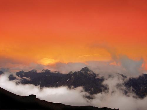Sunset In Kazbek / Mzis Chasvla Yazbegshi