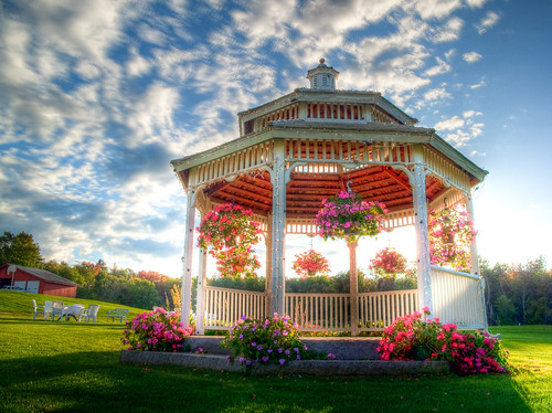 Memorable wedding outdoor gazebo wedding decorations flowers are one of the more common methods for gazebo decoration flowers will help to unite the gazebo with the wedding theme and colors junglespirit Image collections