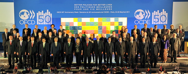 Meeting of the OECD Council at Ministerial Level: Family photo 2011