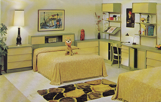 Woodland furniture 1960s bedroom 2 flickr photo sharing for 70 s room design