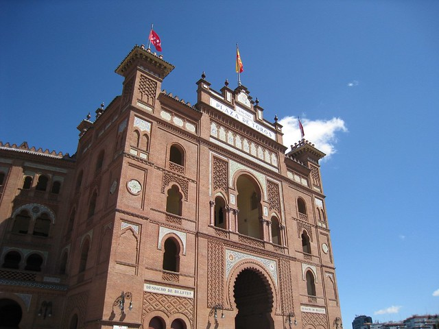 Plaza de toros (largest in Spain)