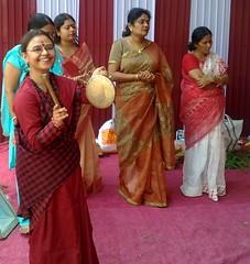 gown(0.0), wedding reception(0.0), wedding(0.0), marriage(0.0), quinceaã±era(0.0), abdomen(1.0), sari(1.0), ceremony(1.0),