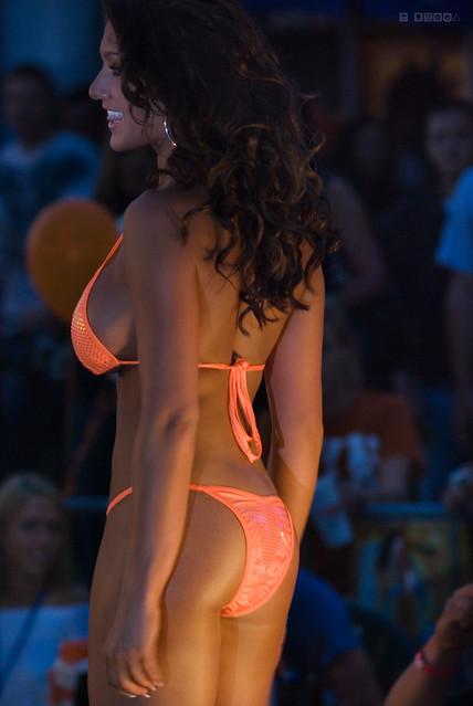 Hooters Bikini Contest. Annual bikini contest live from The Jacksonville ...