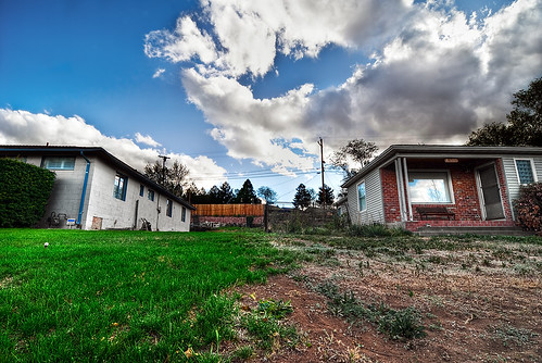 life houses sky house grass clouds project death weeds nikon opposite nevada lawn symmetry line tokina dirt final d200 reno f28 divide dividing 1116 tmcc anthonysegarra